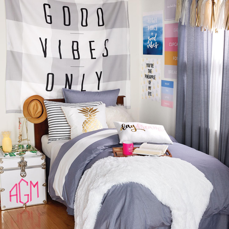 5 Easy Ways To Create A Tumblr Room Now - Dormify Blog on Room Decor Tumblr id=51080