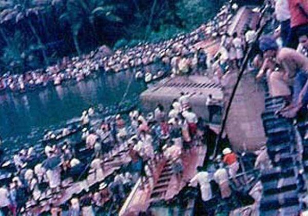 Bangalore Kanyakumari Island Express was derailed on Perumon Bridge