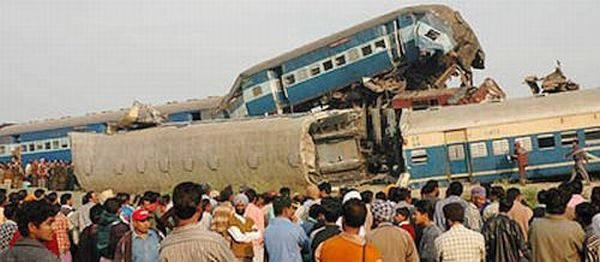 Gyaneshwari Express accident; 141 killed