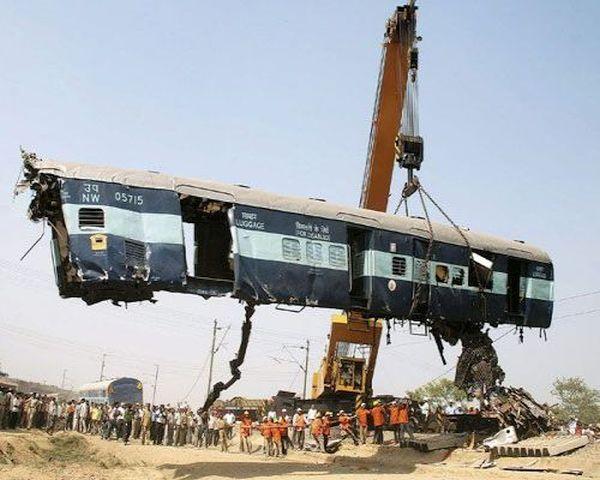 Sainthia Train Collision; 66 killed