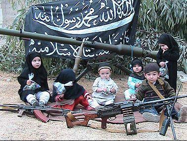 alqaeda kids1 2RwJR 16105