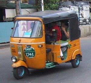 autorickshaw1 6VHQG 30605