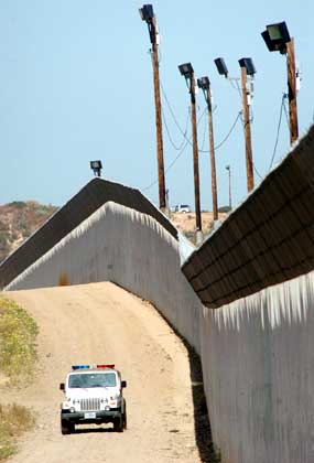border jTRPQ 18311