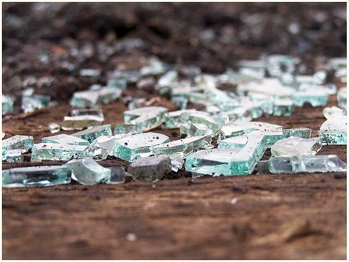 broken glass 2 K3pH8 16638