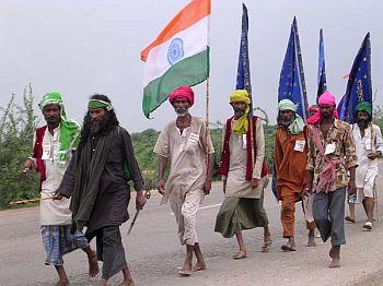 india language divide 18