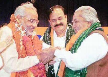 keshubhai narendra modi