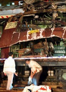 mumbai blast 711