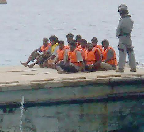 sri lankan asylum seekers on christmas island FGCS