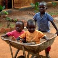 uganda children wheelbarrow 200px dXFLz 16298