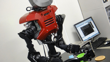 self-thinking-robot-can-learn-by-itself-via-ai_1
