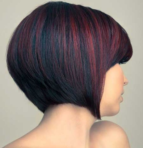 Cool-Graduated-Bob-Cut-with-Hues-of-Red