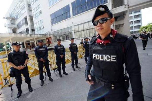 thai.police-black-magic201205afp