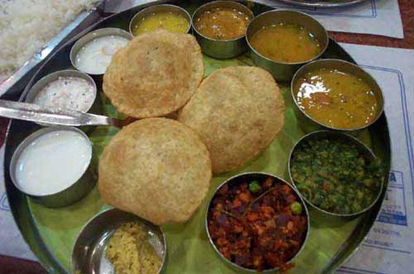 Old Delhi and new Delhi food