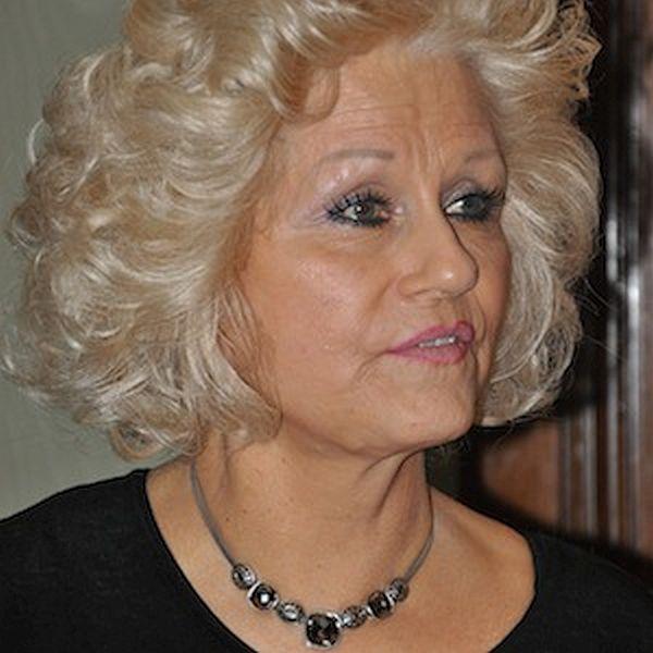 Beverly Oliver