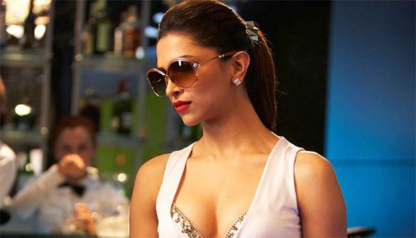 Deepika Padukone cleavage controversy