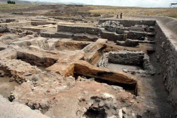 Kűltepe's excavations reveal a large monument