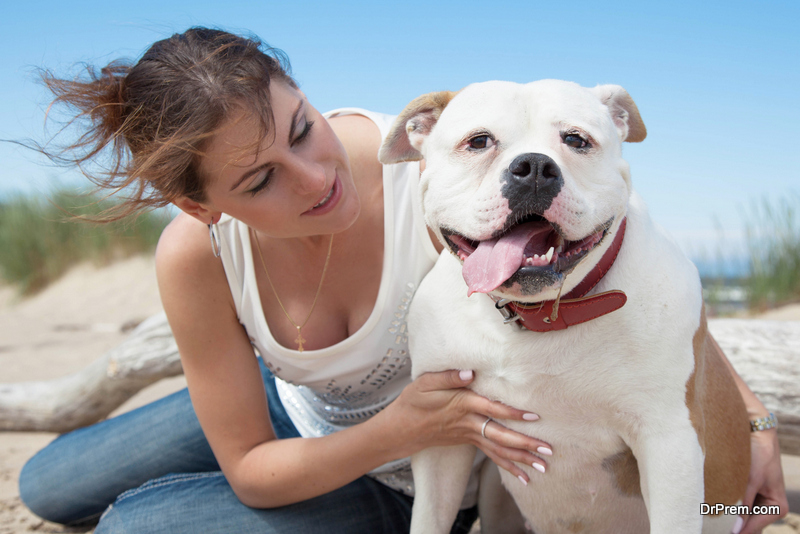 woman-with-her-pet
