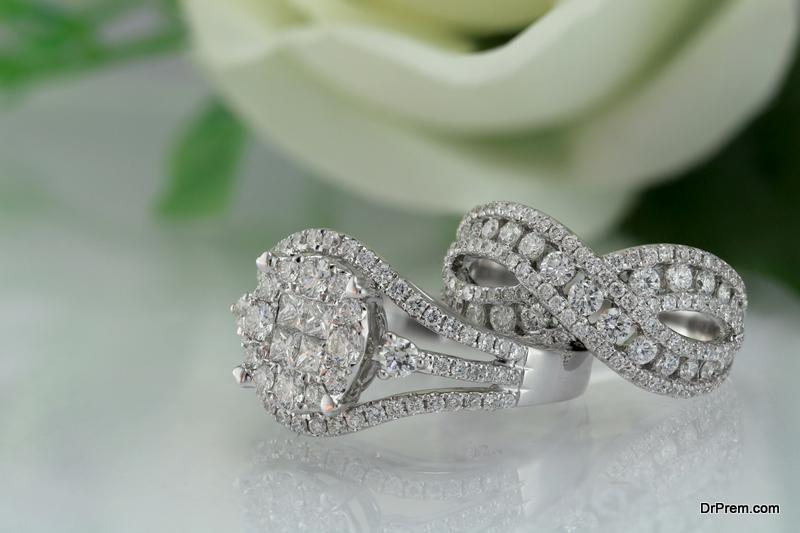 Lab-Grown Diamond Engagement Rings