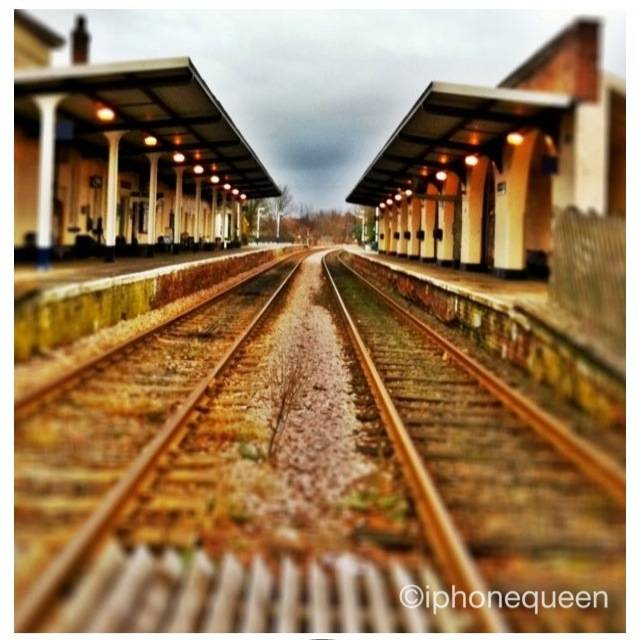 FlashOn 1.0: Railway Station by @iphonequeen