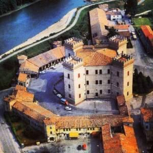viaje instagram a ferrara italia
