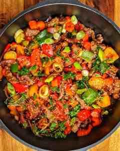 Rindergeschnetzeltes mit buntem Gemüse