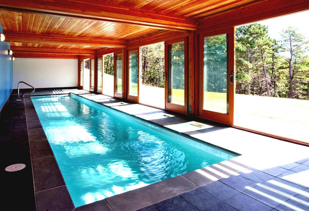 25 Stunning Indoor Swimming Pool Ideas