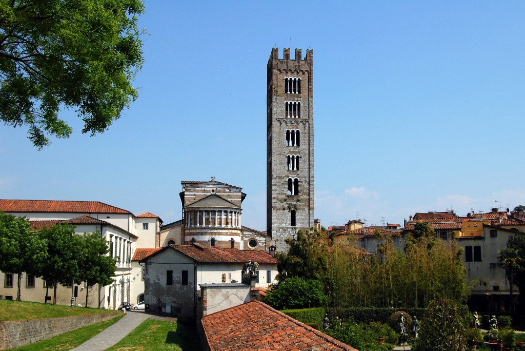 A Day Trip in Lucca, San Frediano