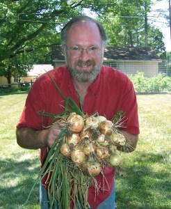 Don with Onion Harvest