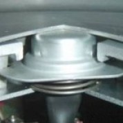 Thermostat under the inner pot