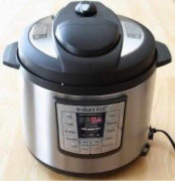 Instant Pot IP LUX60 at the heating stage