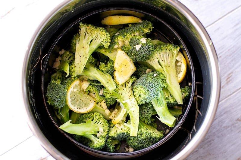 Instant Pt Steamed Broccoli Step 1