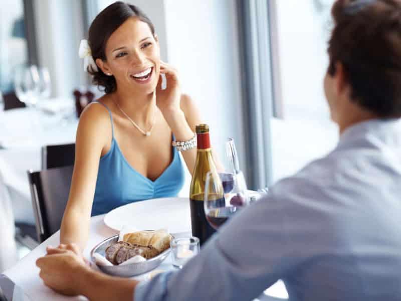 Echapper à la routine dans le couple avec un rendez-vous par mois