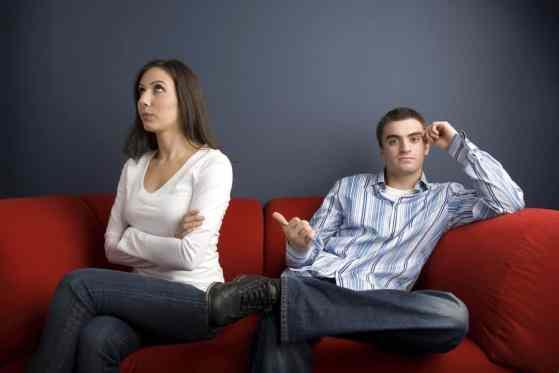 Couple distant, qui s'éloigne, danger pour le couple