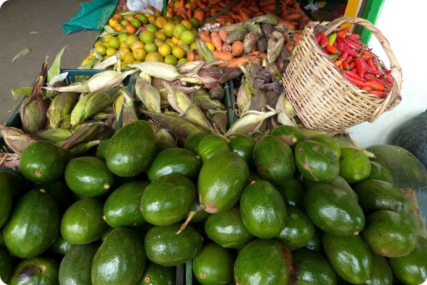 Aguacates en el mercado de Armenia