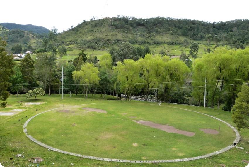terrain rond et paysage à silvia