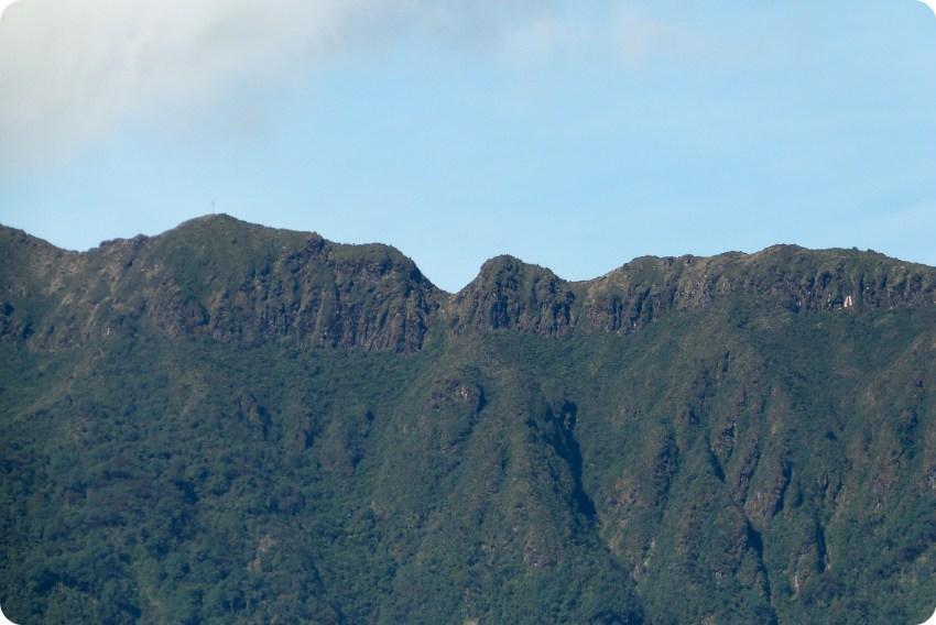 cima de la montaña en la laguna de la Cocha de Pasto