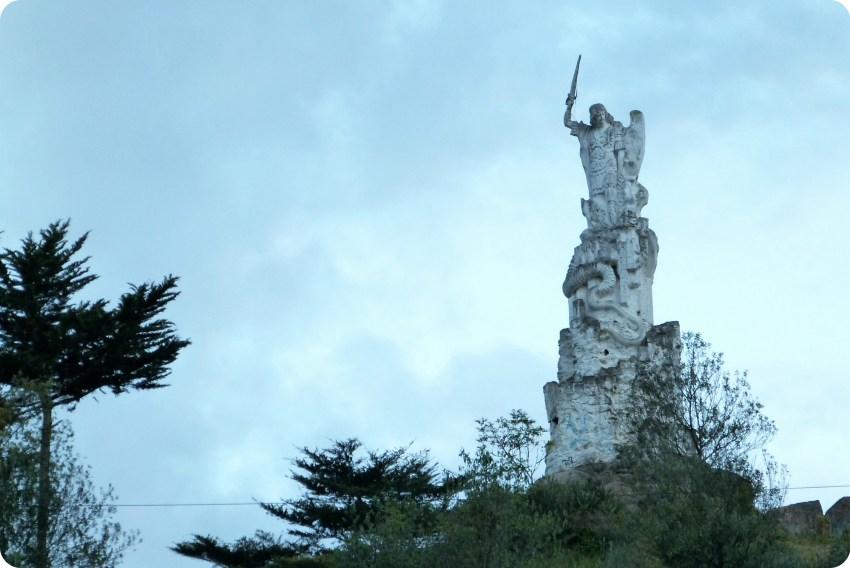 statue au Santuario de las Lajas de Ipiales