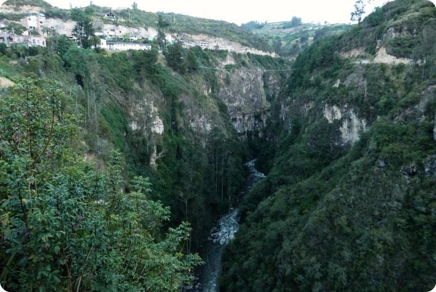 río en el Santuario de las Lajas de Ipiales