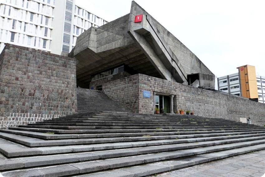 edificio del Museo de Historia natural de Quito