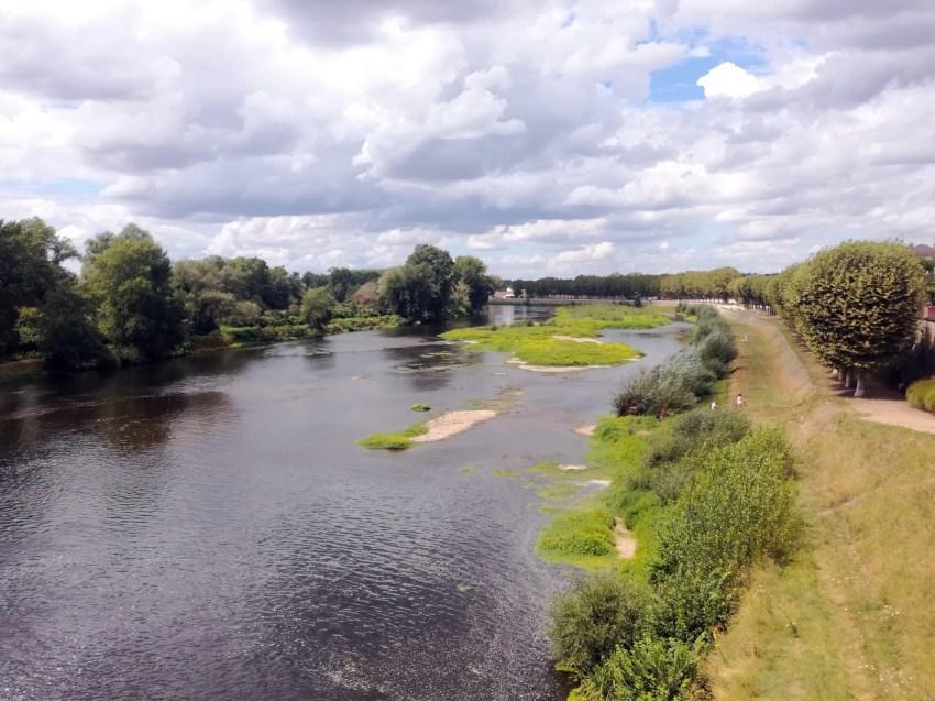 fleuve loire digoin voyage vélo