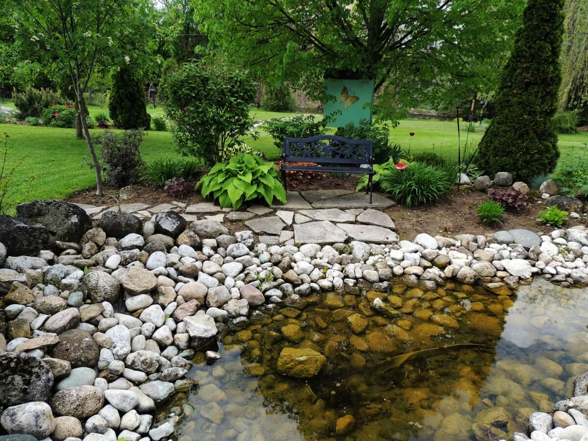 Rock Garden: How To Build Your Own • Insteading on Rock Backyard  id=94529