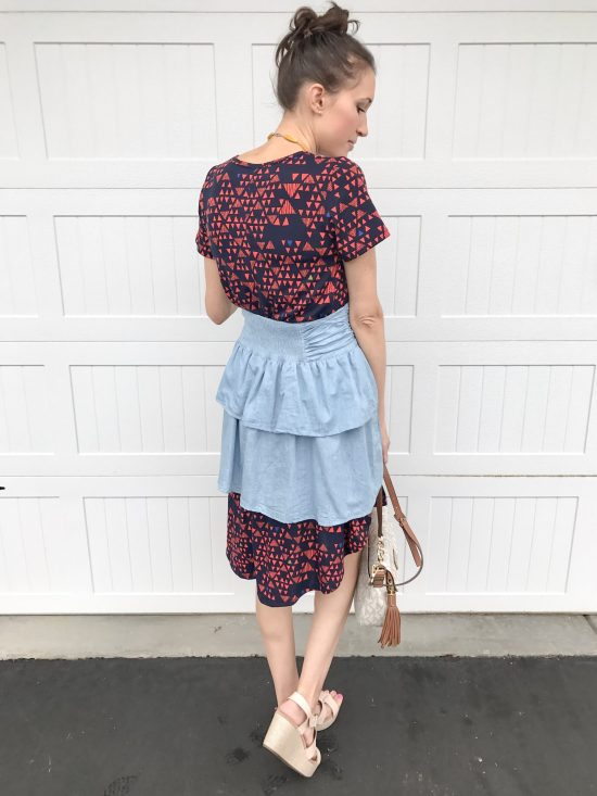 10 ways to wear a LulaRoe Carly dress- casual chic 4