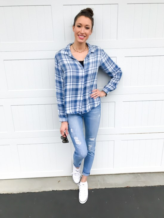early spring outfit ideas- cloth and stone plaid top and white converse