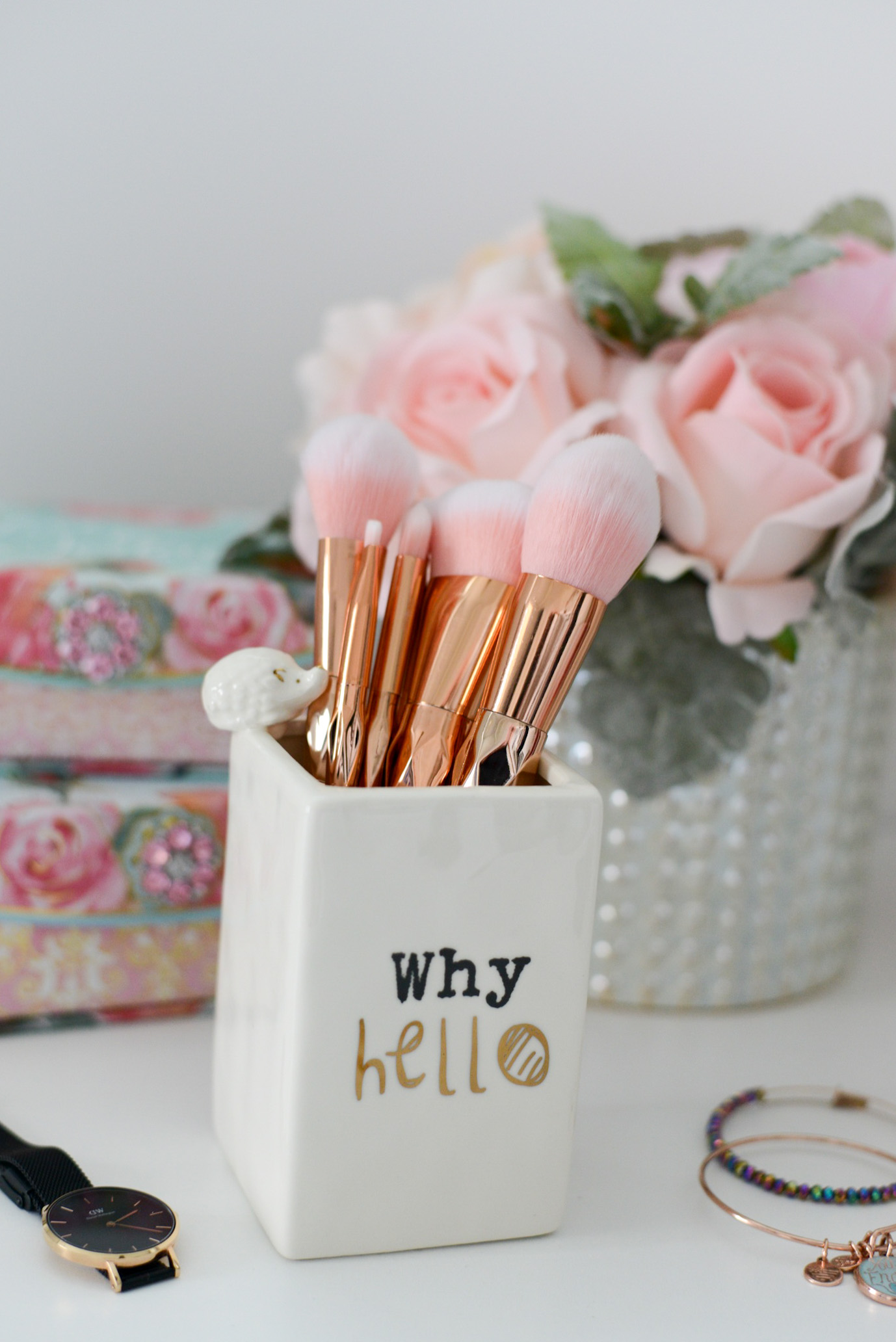 A Few Quick Gift Ideas for Girly Girls- Zaful 7 piece rhombus makeup brush set