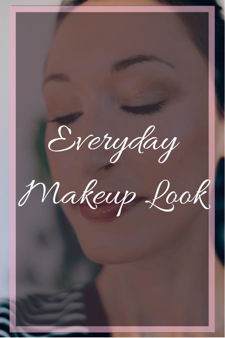 Makeup Monday: Everyday Makeup Look; natural makeup, highlighter, Becca cosmetics, fall makeup