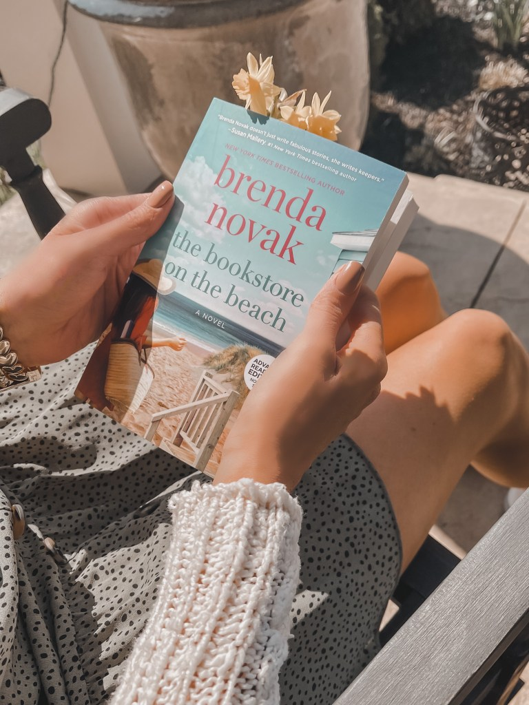 books for women, compelling summer reads, beach reads