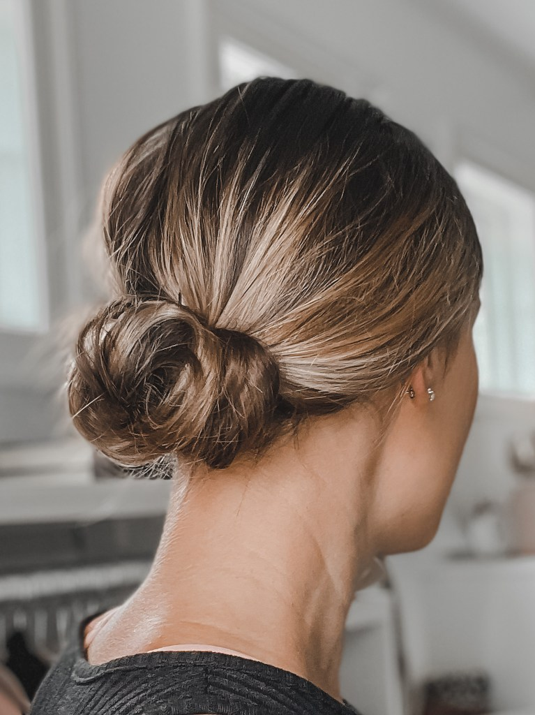 easy wedding guest hairstyle idea