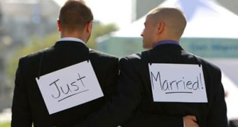 gayjust_married1-437x234.jpg