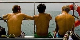 gay-threesome.jpg