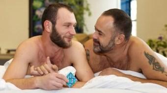 gays-condoms.jpg